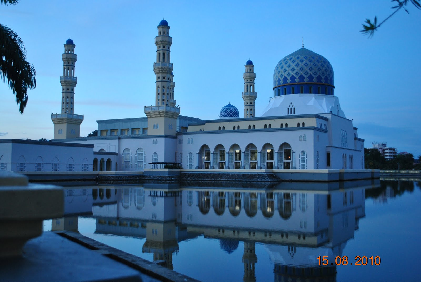 Gambar 36:Masjid Bandaraya Kota Kinabalu