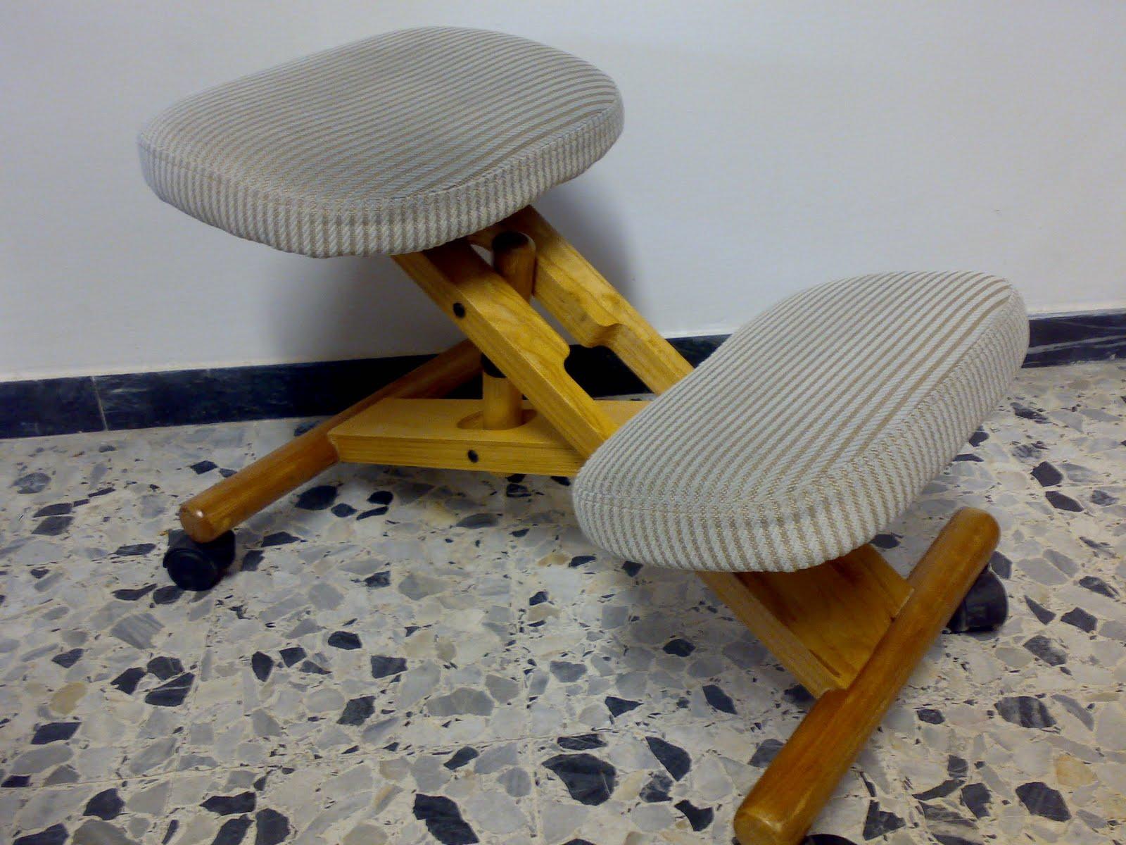 Cosa e coppia sgabelli ergonomici