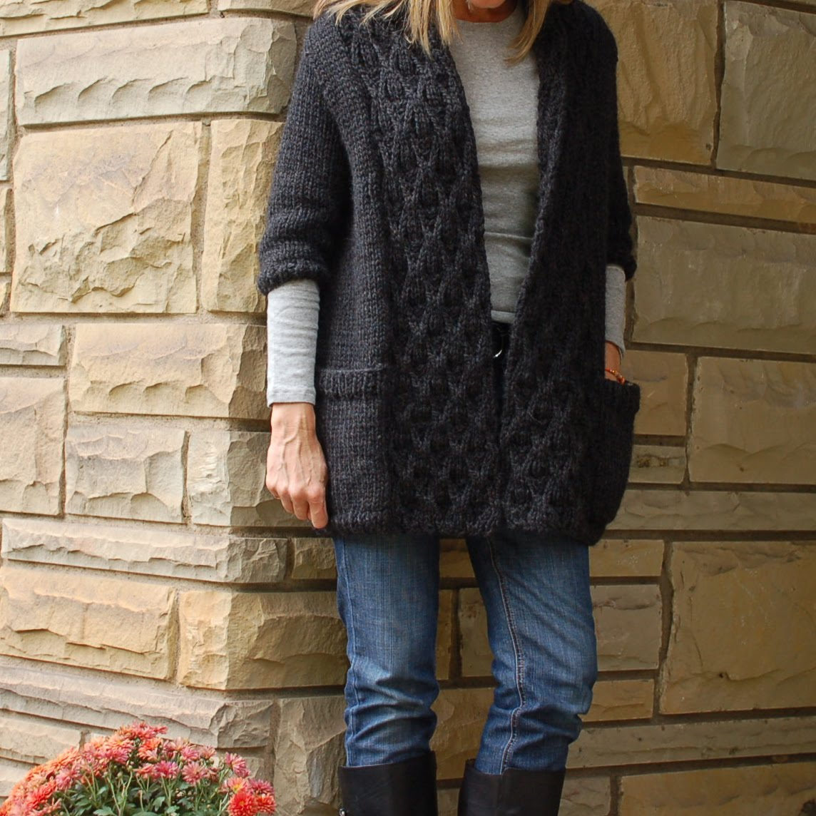 astor - a Friend to knit with