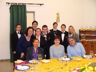 I prof. Tranquilli, Viola, Baffoni, Moreau, Briamonte e Tazzari con un gruppo di studenti della 3D sala