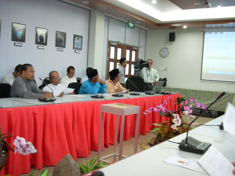 Ketua-Ketua Kampung Mukim Tutong Bersama KOKAMI Berhad