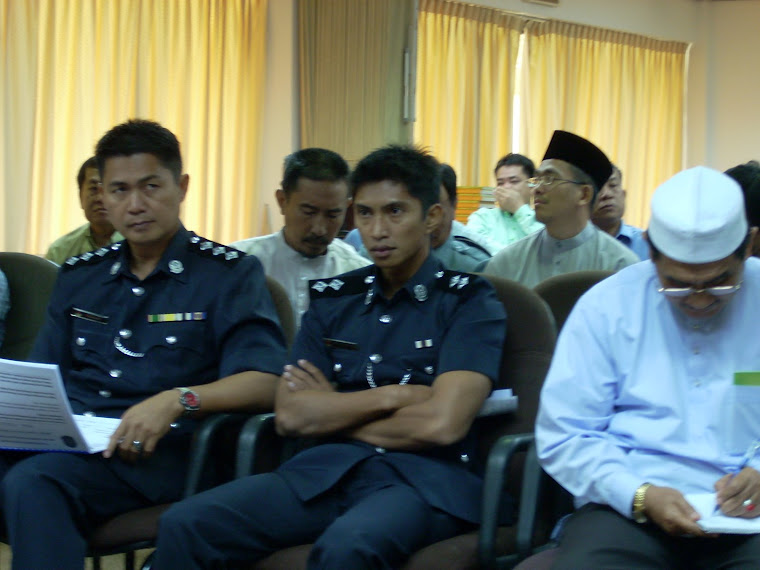 Peserta-Perserta Roadshow KOKAMI di Dewan Mufakat, Temburong.
