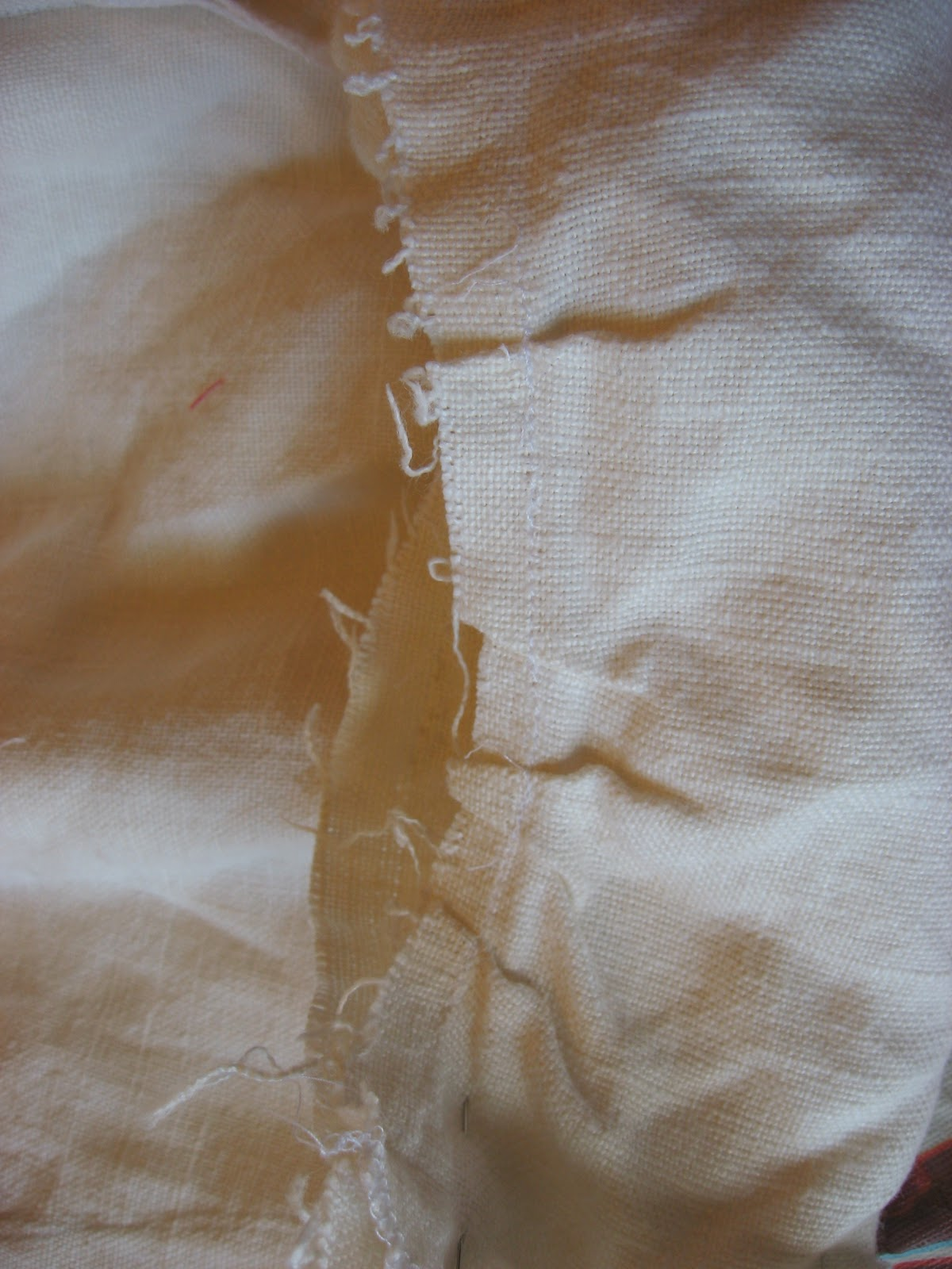 http://4.bp.blogspot.com/_4wH2-8vbkeE/TOCkPKmyEjI/AAAAAAAAAvg/7gy9YnjBOUs/s1600/Breeches+kneeband+before.JPG