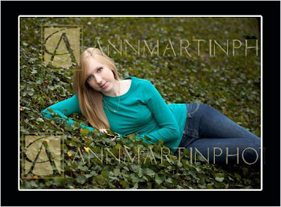 Plano Texas senior pictures or portraits photography outdoor poses for girls examples