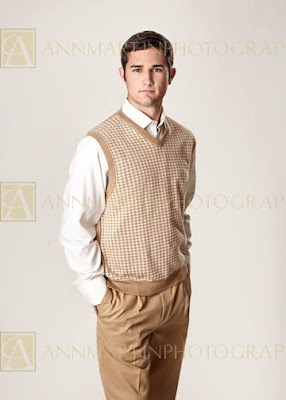 Plano Texas high school senior graduation photography pictures examples poses