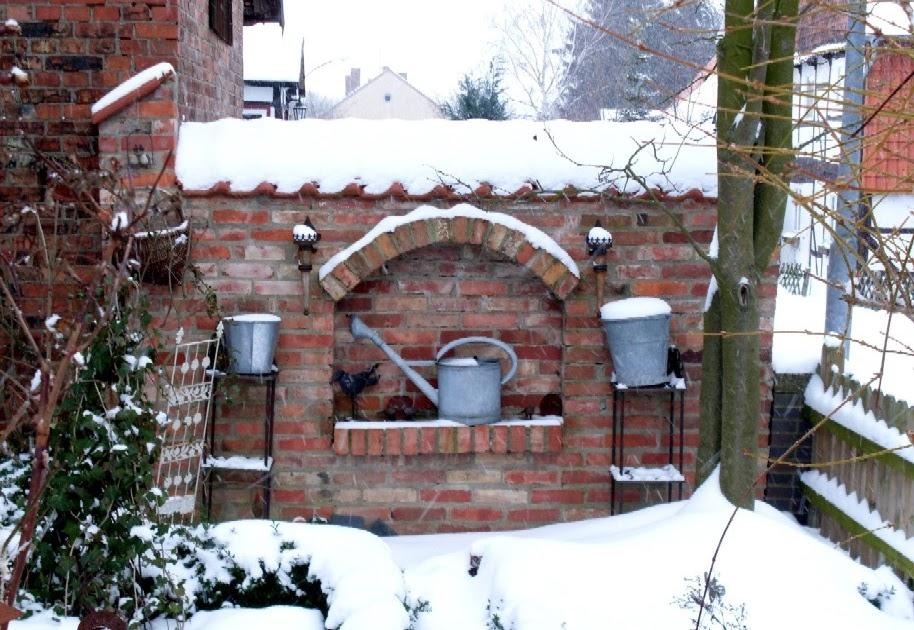 Garten anders eine wundervolle gartenmauer neue fotos - Gartenmauer gestalten ...