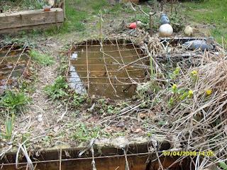 Garten anders gartenteiche was so alles m glich ist kindersicherung - Kindersicherung gartenteich ...