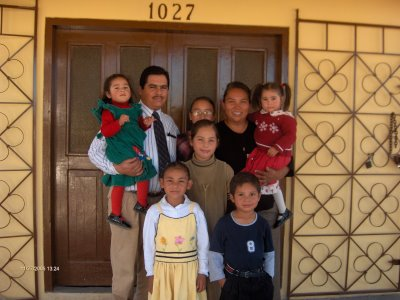 [dolores+and+family]