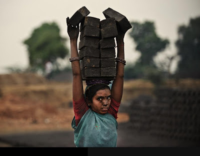 Indian rural people,Indian poor,people,sad pictures,photos,images,gallery,indian,last,two,mdmindia,blogspot,mani,hurting,awesome,art,painting,photography