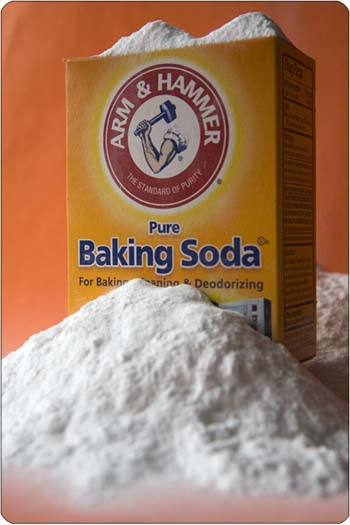 how to clean my oven with bicarbonate soda