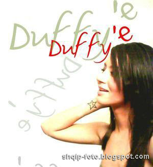 Dafina Zeqiri Duffy'e Photo Foto Video
