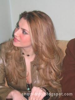 Leonora Jakupi Foto 02