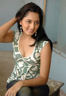 Parvati Vaze hot and sexy photoshoot