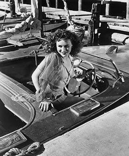 Paulette Goddard is boat.