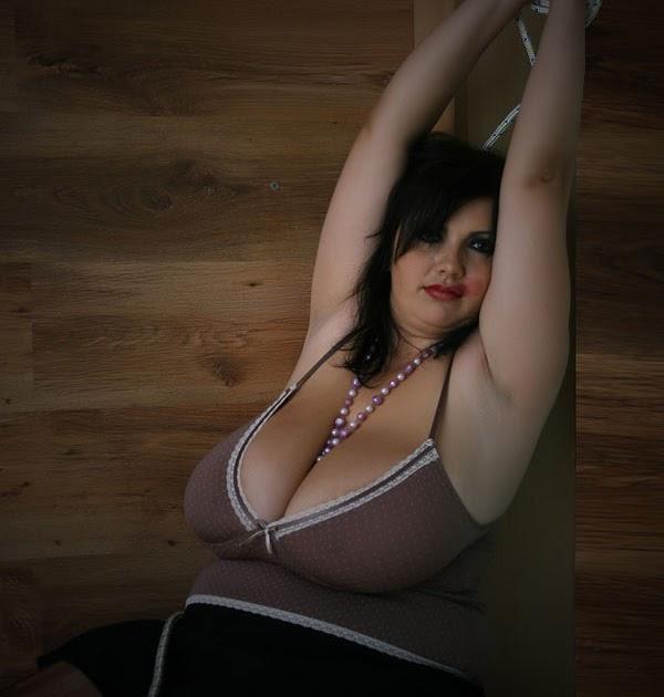 Big butt naked sexy women
