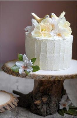 pedestal de torta para novios rustico