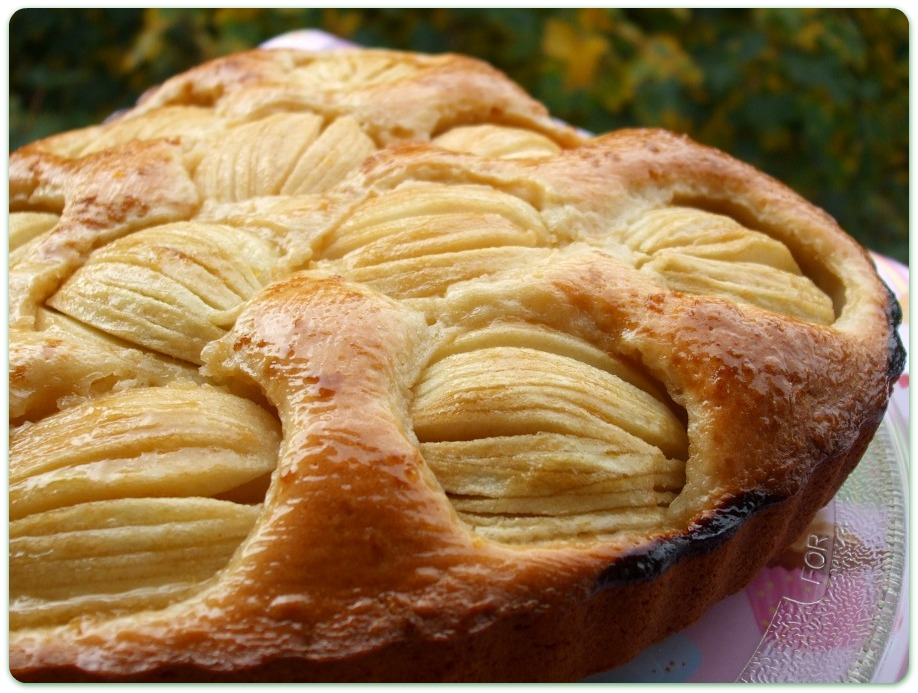 La Credenza Della Crema : Tomato&basil: torta di mele e crema