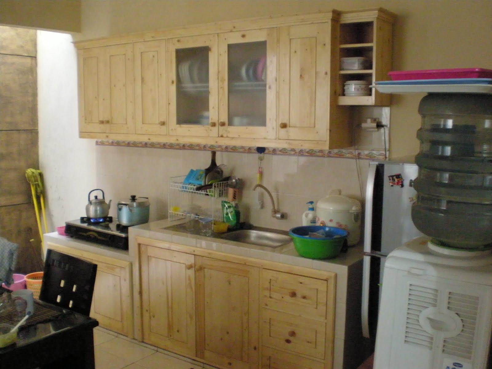 Rumah budi dauh rumah budi dauh punya dapur baru for Tukang kitchen set