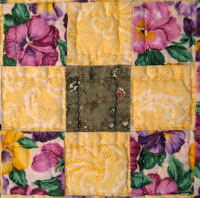 quilted table topper quilt