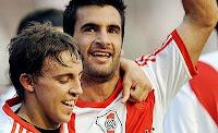 Ferrari y Bounanotte festejan el triunfo River Plate 3 vs Independiente 2