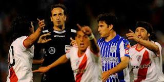 Federico Beligoy le roba un gol a River Plate