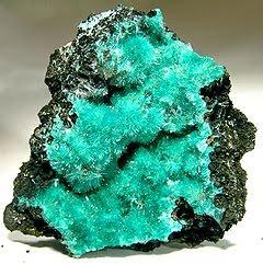 Despre celelalt blog al meu- uitaţi-vă pe http://mineralul.blogspot.com şi o să vă convingeţi...