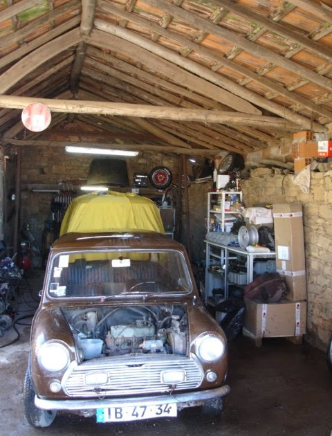 Classic car garage mini cooper s a conta gotas for Garage mini cooper annemasse