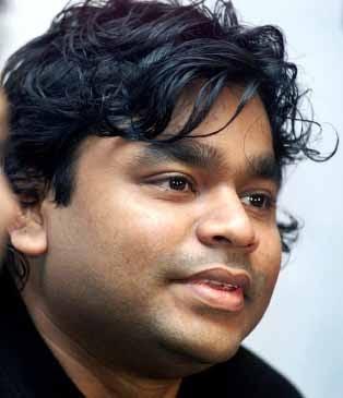 Stop The Paatu Song Lyrics - Moondru Per Moondru Kaadhal