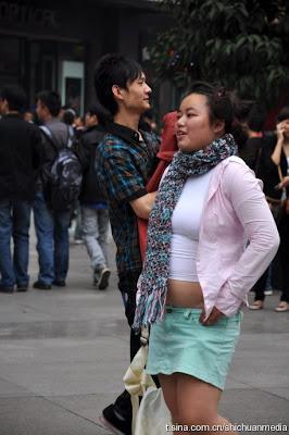 http://asalasah.blogspot.com/2012/11/kumpulan-foto-cewek-paling-pd-sedunia.html