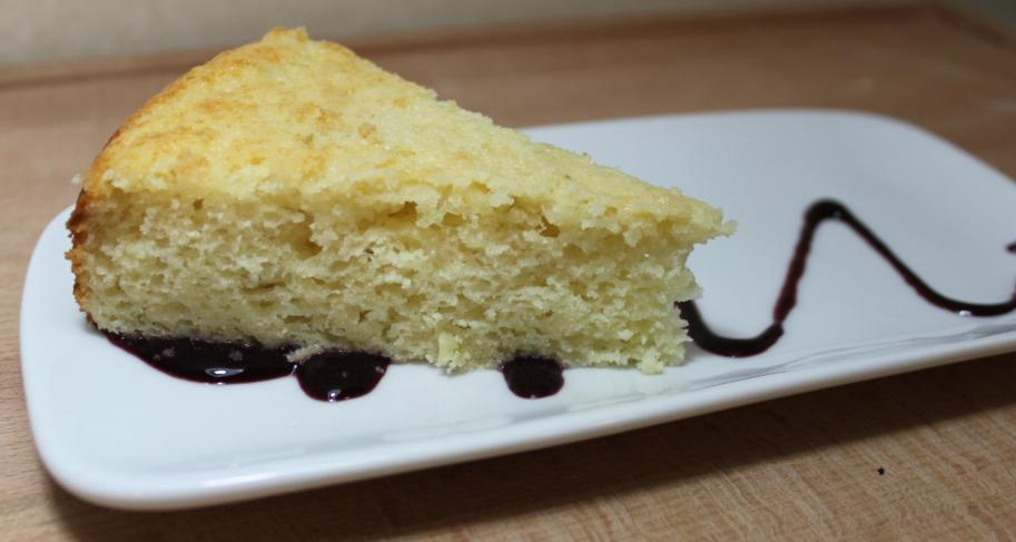 ... : Everyday Yumminess: Lime Yogurt Cake with Fresh Blackberry Sauce