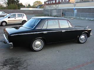 Biler biler og atter biler - Især de lidt ældre: 1970 ...