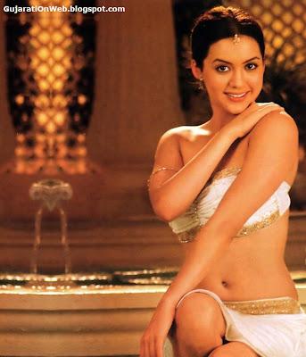 gujarati on web isha shravani in sexy costume