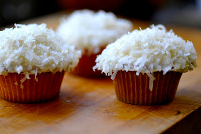 The Kitchy Kitchen: LEMON COCONUT CUPCAKES WITH BROWN ...
