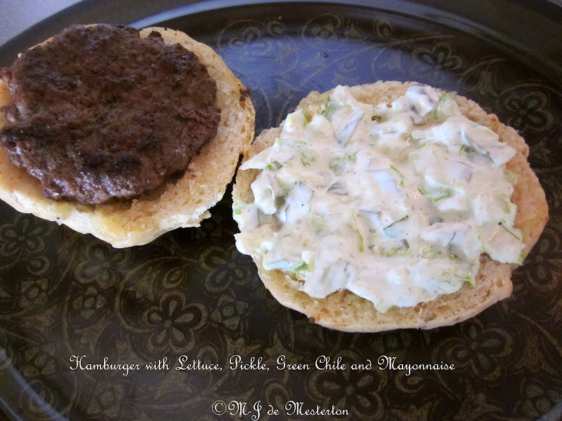 Elegant Green Chile Burger title=