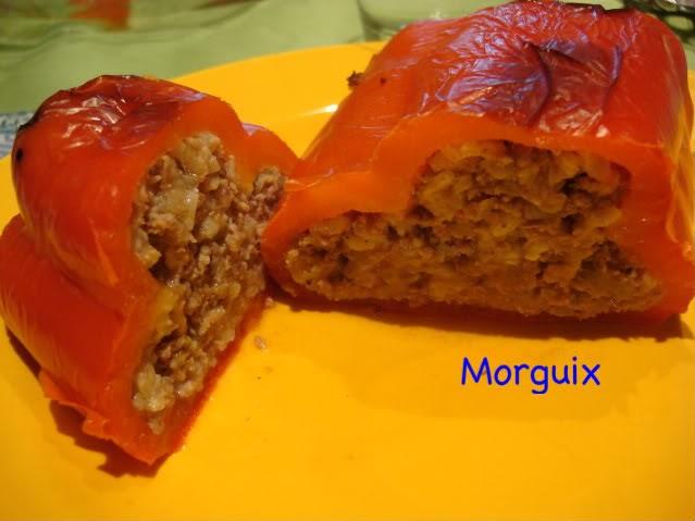 El puchero de morguix pimientos rellenos de carne y arroz - Pimientos rellenos de carne picada y bechamel ...