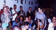 """Declamando """"San Ernesto..."""" para o Secretário de Cultura de Cuba"""