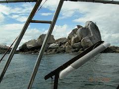 batu putih -pulau 9