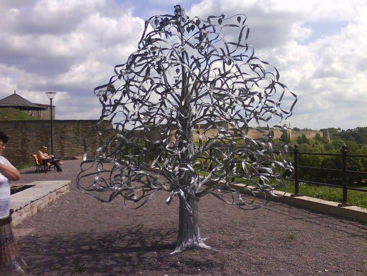 Как сделать металлическое дерево 889