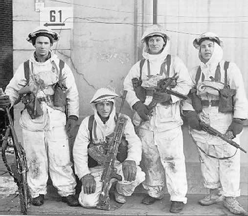soldiers-after-kapelsche-veer.jpg