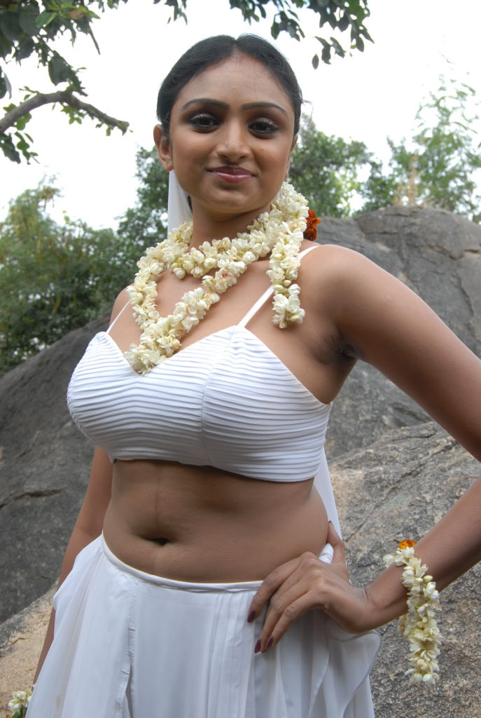 MASALA ACTRESS VAHIDA SEXY PICTURES