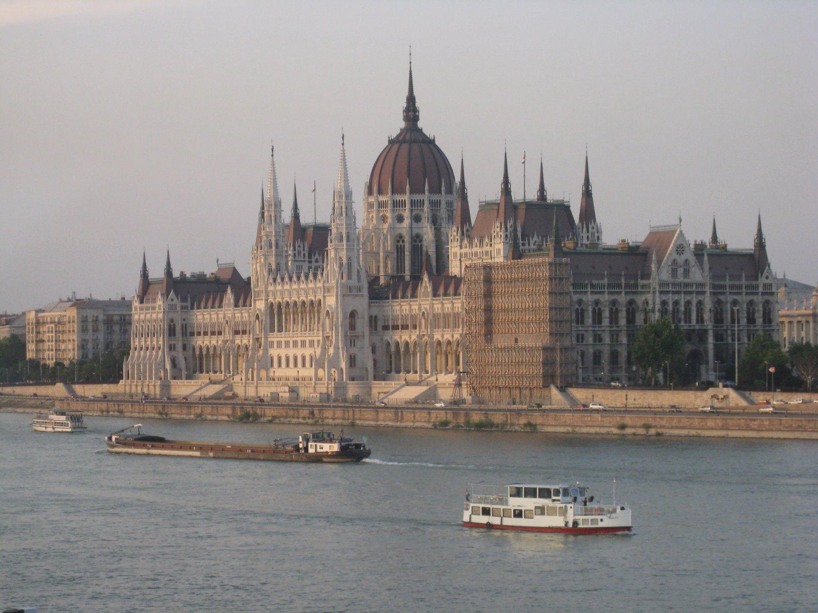 [parliament.jpg]