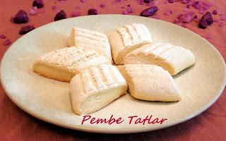 Bademli vanilyalı kurabiye kakaolu vanilyalı kurabiye vanilyalı