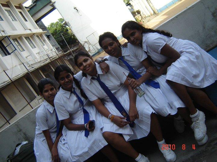 Sri Lankan School Teens