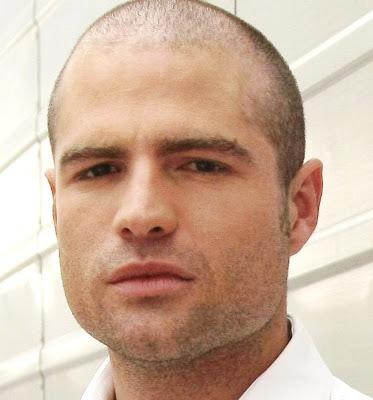 Roberto Manrique estará en la segunda etapa de 'El Clon'