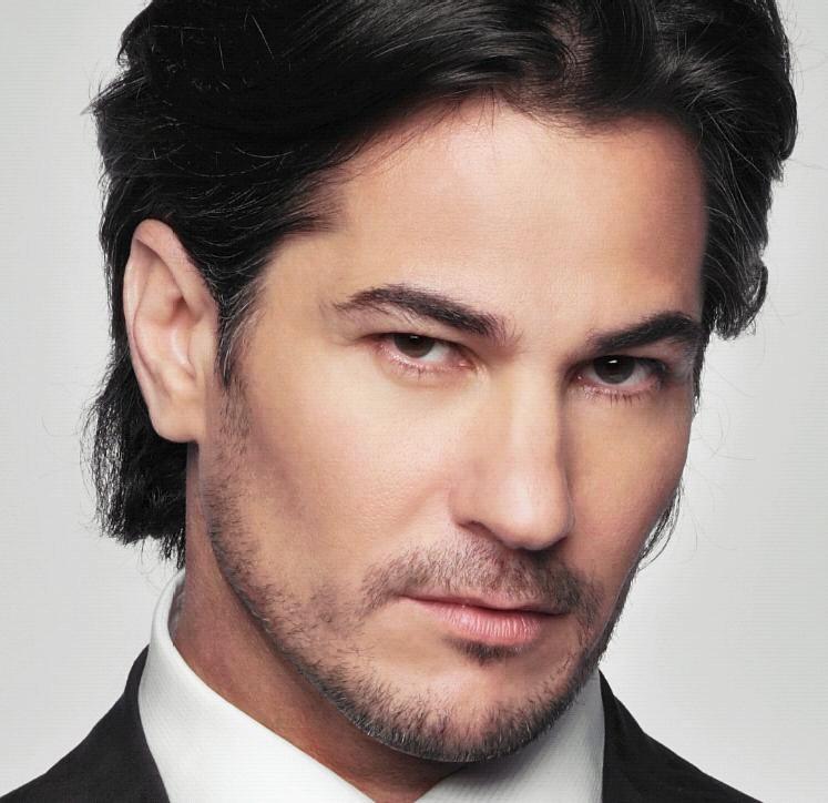 El actor de origen cubano, Pedro Sicard, de 41 años, tiene un rol ...