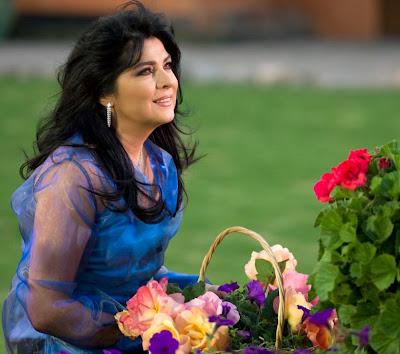 ... Tv Azteca pode estar contratando a grande atriz Victoria Ruffo