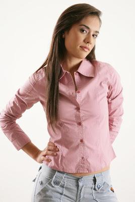http://4.bp.blogspot.com/_5Lf1TOwDu_c/SUWVrHBgGaI/AAAAAAAADXA/9r9IeeG7m0o/s400/CAROLINA+RAMIREZ.jpg