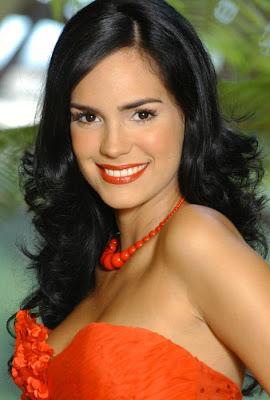 Scarlet Ortiz vuelve a Colombia