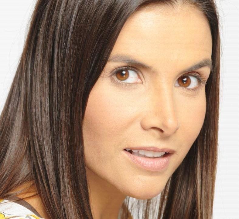 Natalia Ramírez Arana (Bogotá, Colombia, 3 de agosto de 1967) es una actriz colombiana, mejor conocida por su papel antagónico de Marcela Valencia en la ... - NATALIA%252BRAMIREZ