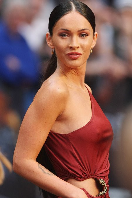 [gallery_main-0615_megan_fox_germany_01.jpg]